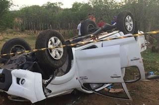 Prefeito e mais quatro pessoas ficam feridas em acidente de carro