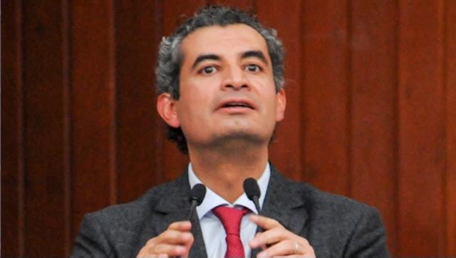 AMLO debe disculparse con padre de normalista: Enrique Ochoa
