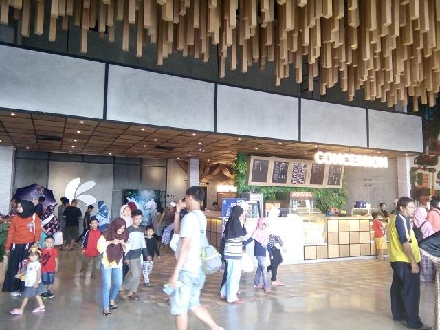 Bioskop Kota Cinema Mall, Desain Unik Lobby