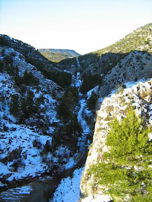 clima, Beceite, nieve, frío, nevada, está nevando, Beseit, neu, muro, pantano de Pena, vista a Valderrobres