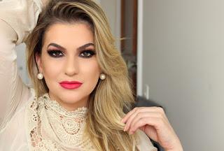 Alice Salazar - maquiadora,youtuber e blogueira