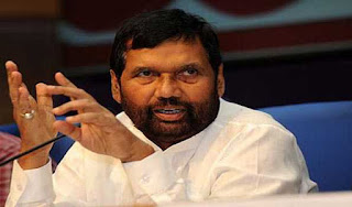 correct-raid-on-lalu-paswan