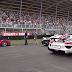 「ラフェラーリ」や「マクラーレンP1」などスーパーカー4台が雨の中レース!