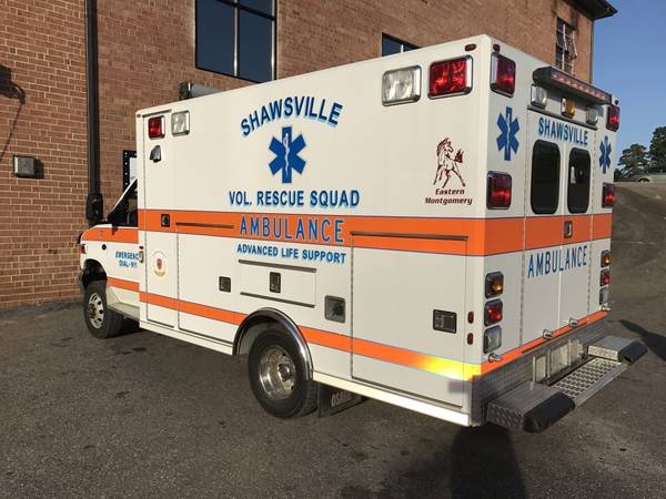 Remarkable Condition, 2002 Ford E350 4x4 Ambulance Van ...