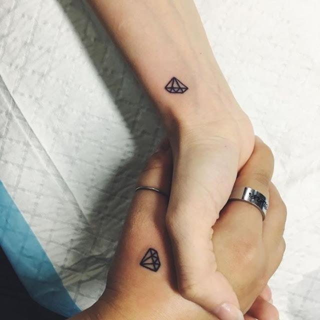 mini tatuagens para as meninas