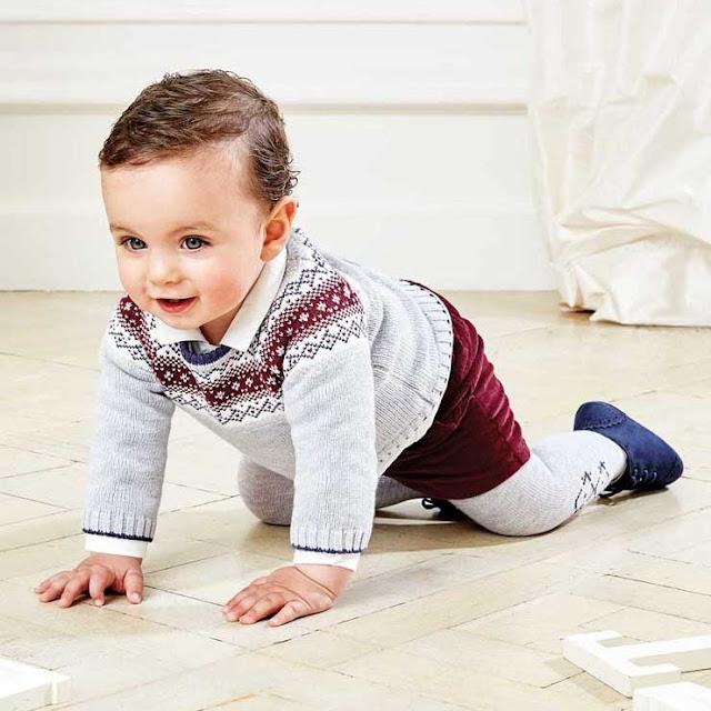 Bebé niño vestido de fiesta
