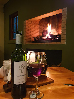 Le Pommier Restaurant Wine Fire