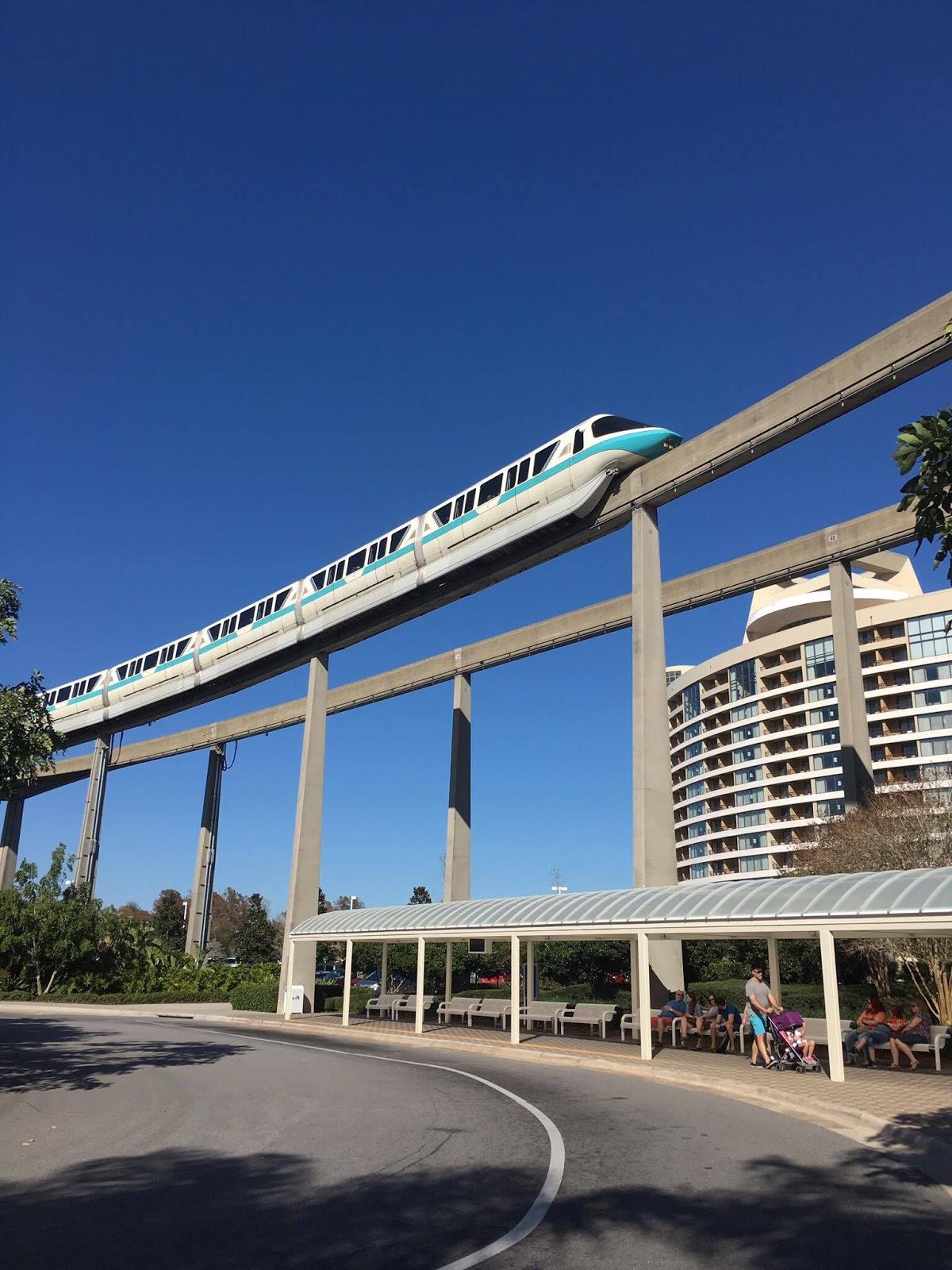 Contemporary Hotel Rooms: Travel Time : Disney's Contemporary Resort Concierge Level