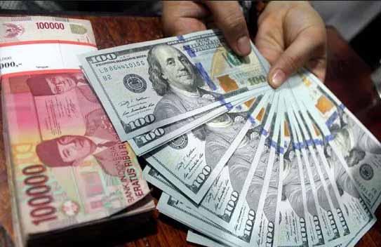 Rupiah Anjlok ke Posisi Rp 13.516 per Dolar AS