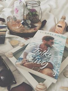 """Wakacyjny romans i mistrzyni literatury erotycznej, czyli """"Tylko twój"""" Vi Keeland!"""