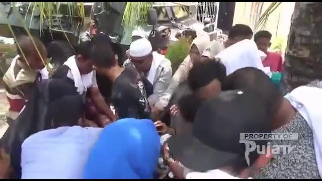 Kampanye di Aceh, Pendukung Jokowi Rebutan Nasi Kotak