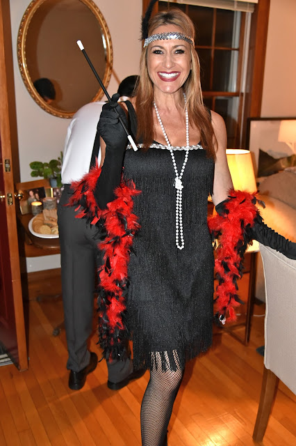 A flapper ready to start the party!