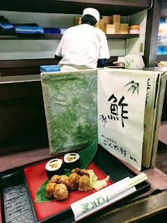 いなり寿司と太巻きのセット