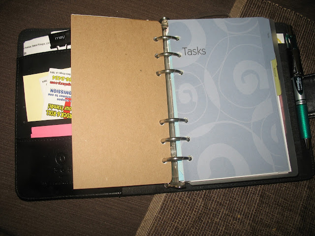 paper, planner, ring bound planner, tabs, Franklin Covey, Filofax, Philofaxy,
