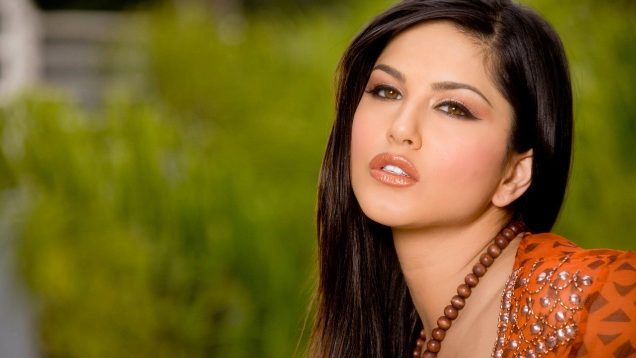 Sunny Leone Latest Wallpapers 2012 Free Download  Full Hd -3946