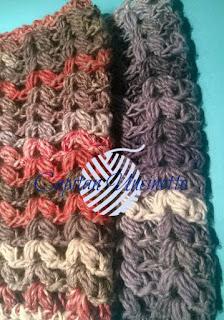 scaldacollo tubolare in lana lavorato ad uncinetto