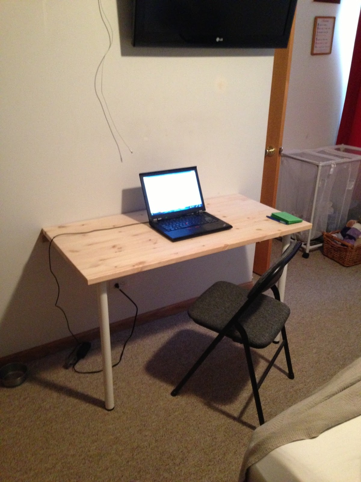 Bill's Fold Down Wall Mounted Desk: How to build a wall ...