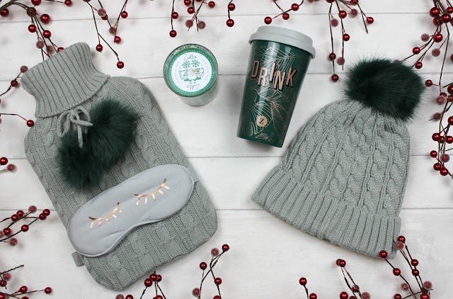 A review of Zoella Warm & Toasty Mug & Hat Set