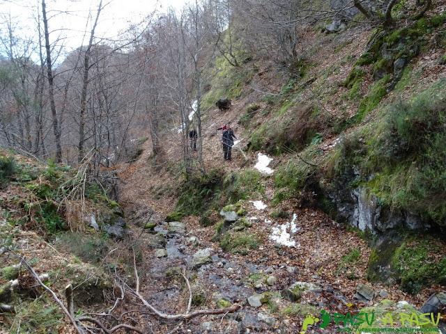 Ruta a Peña Melera y Los Pandos: Segundo cruce del arroyo Melera