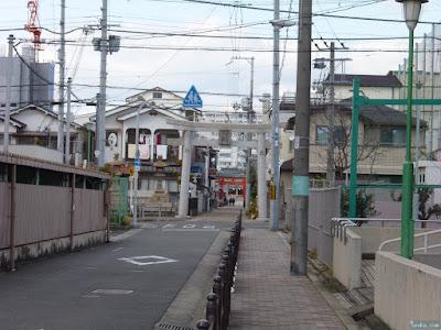 中島惣社参道