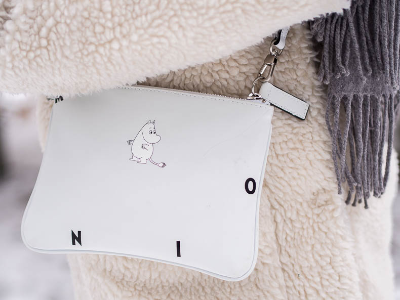 moomin-by-mozo-leather-pouch