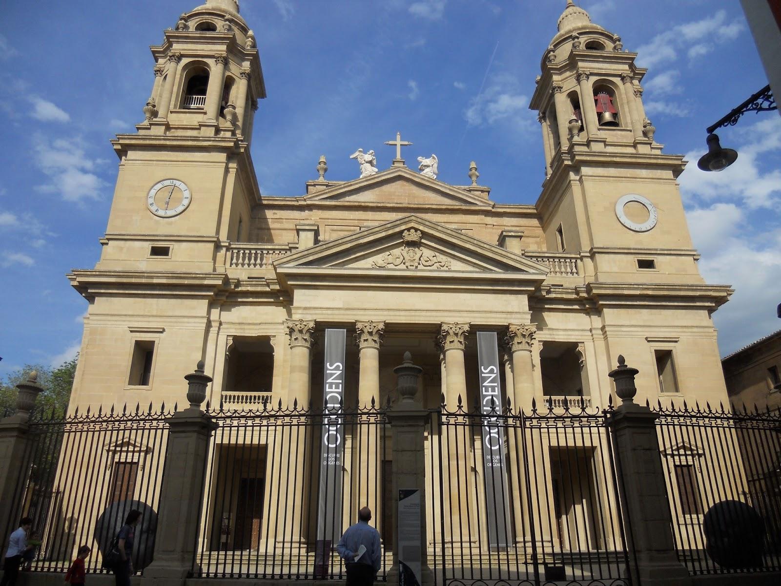 Resultado de imagen de Pórtico de la Catedral de Pamplona (Ventura Rodríguez