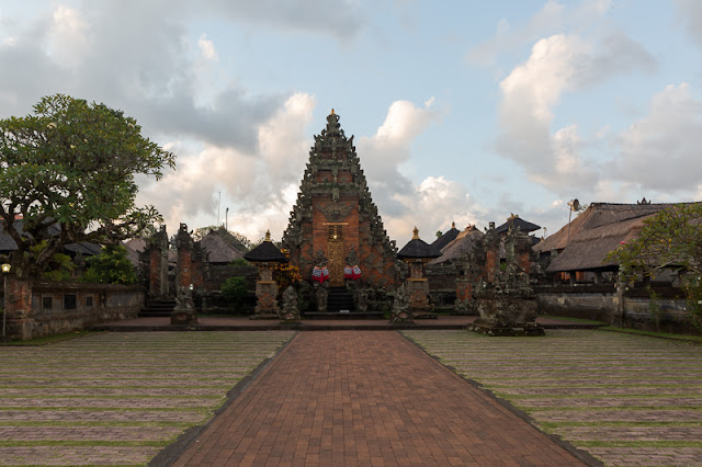 What to do in Bali brahma temple bali indonesia