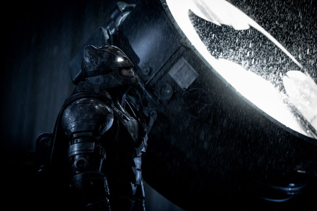 Batman Calls Supermen with Light Sign