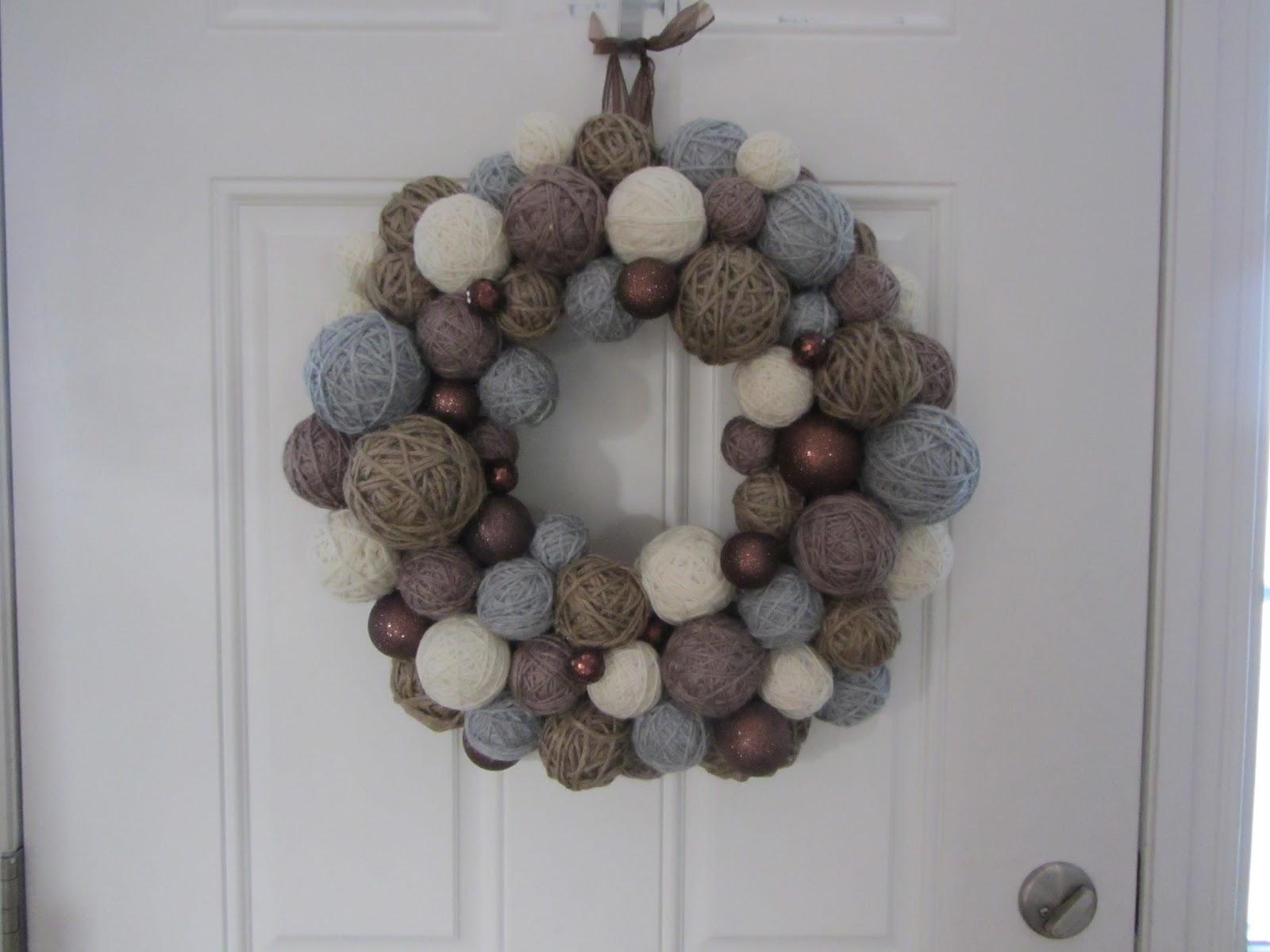 NOT 2 SHABBY CRAFTS: Yarn Ball Wreath