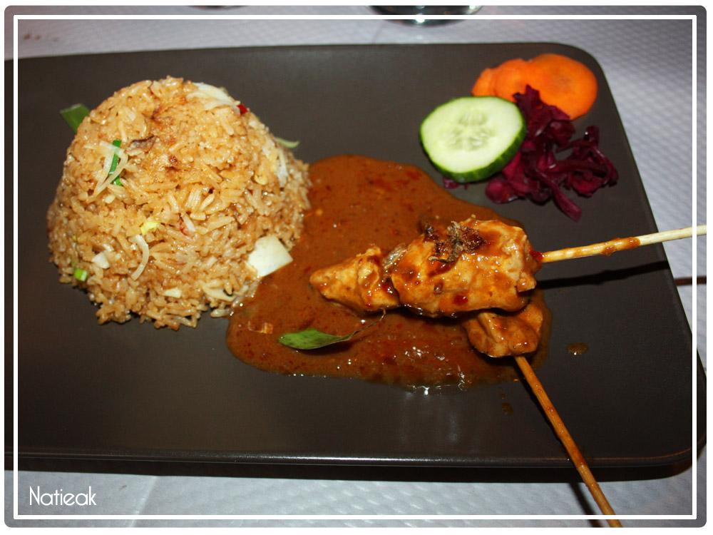 Nasi Goreng saté ayam spécial
