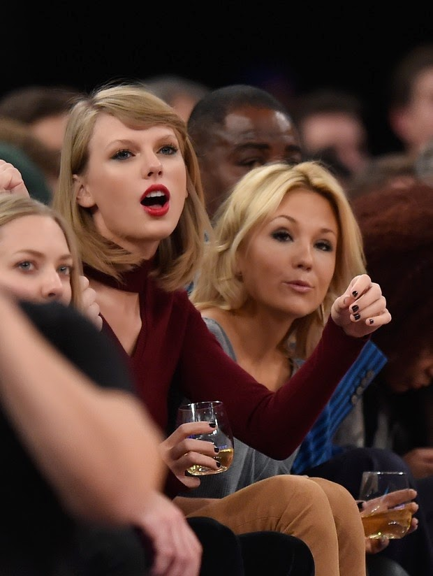 Taylor Swift vibrates at basketball game on Wednesday, 12