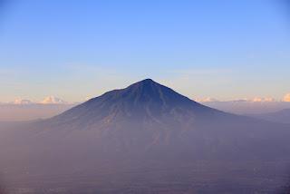 Jalur Pendakian Gunung Cikuray Via Bayongbong