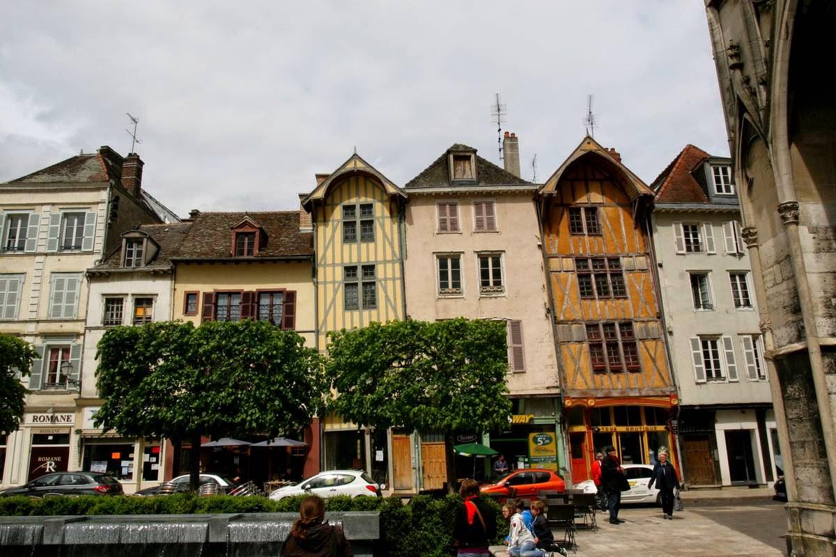 Huizen in de stad Troyes in de Champagne, Frankrijk
