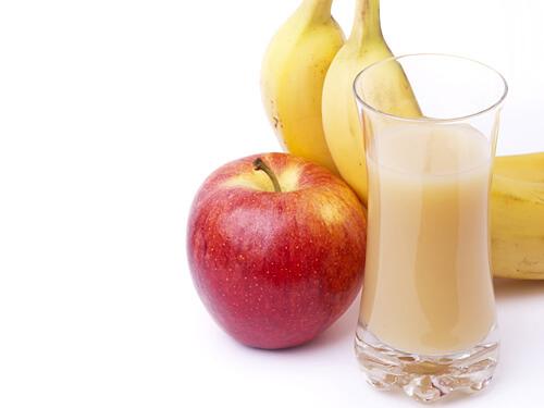 عصير التفاح بالموز