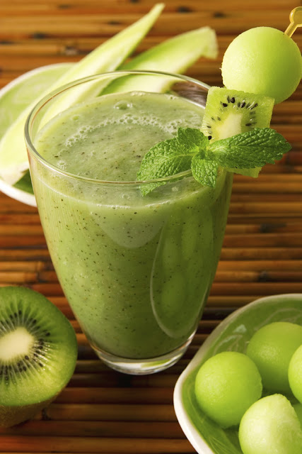 kiwi-juice-with-mint