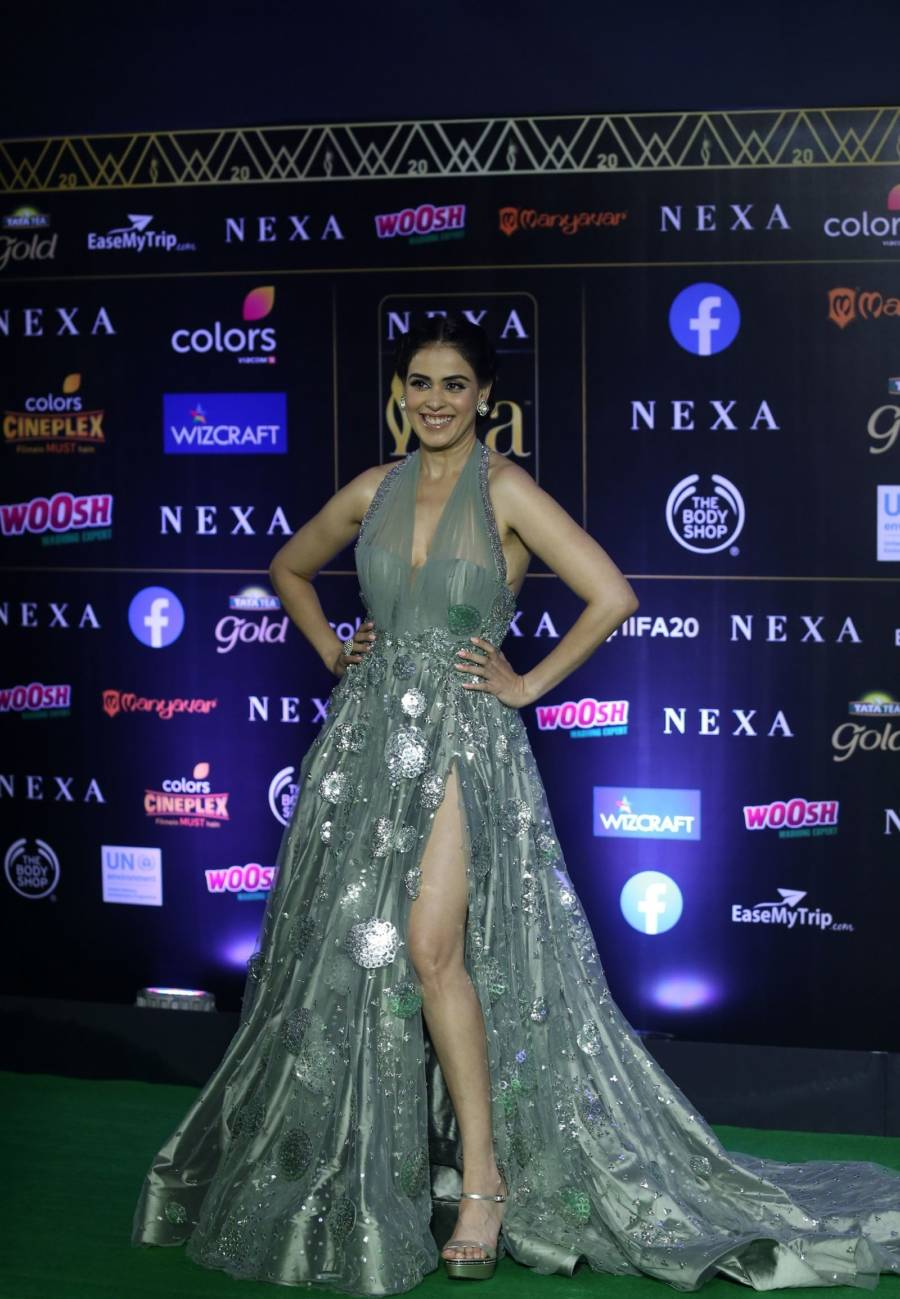 Indian Model Genelia D Souza At Green Carpet Of IIFA Awards