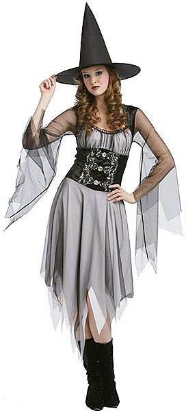 Foto de mujer con disfraz de bruja gótica