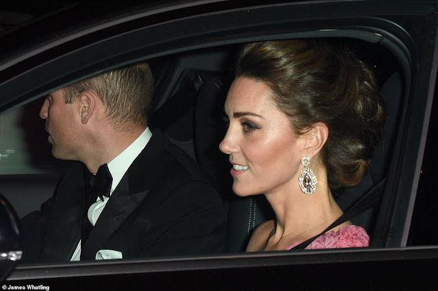 statement earrings, chandelier earrings, Kate Middleton,