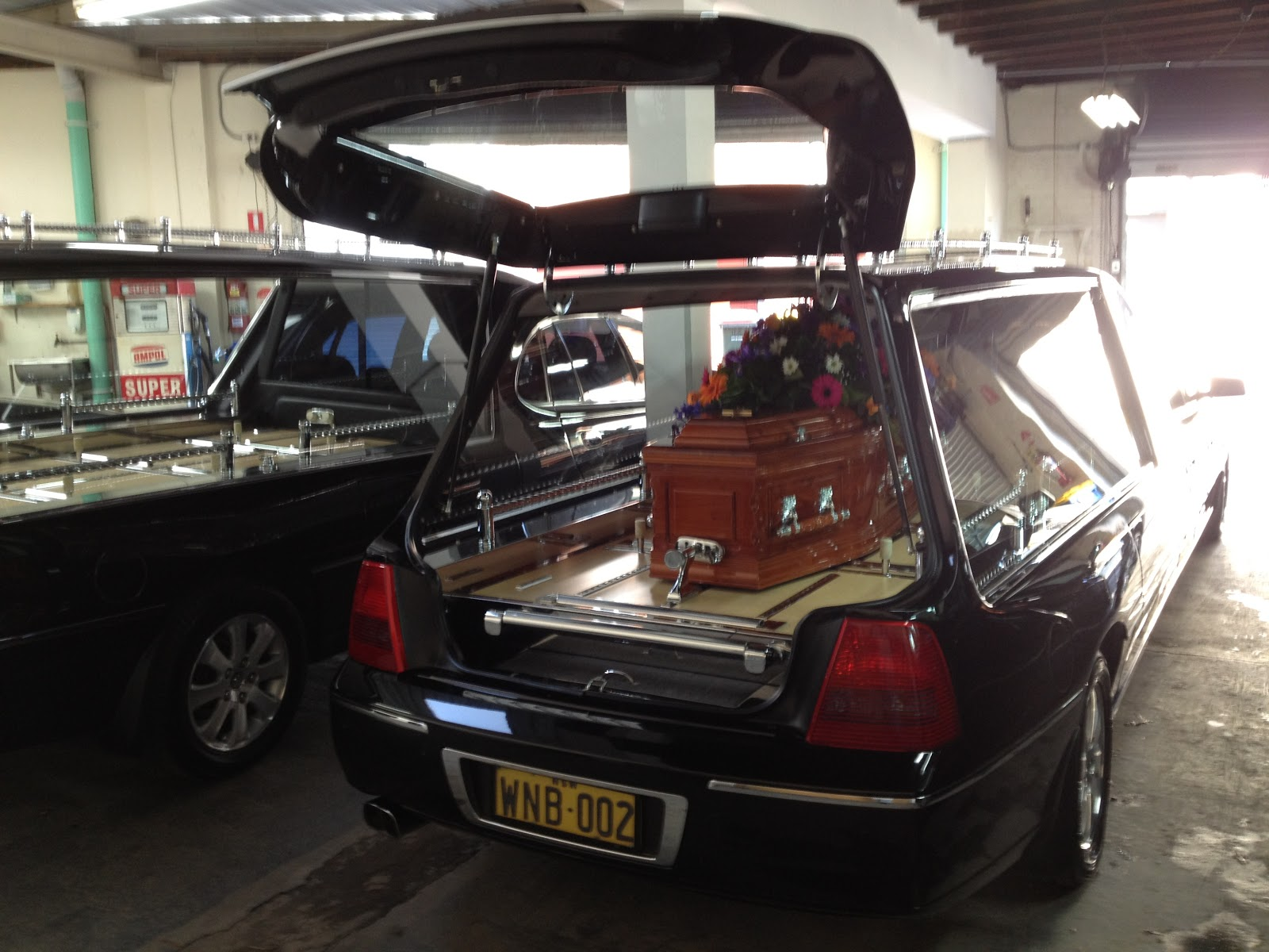the other side of funerals working funerals the hearse revealed. Black Bedroom Furniture Sets. Home Design Ideas