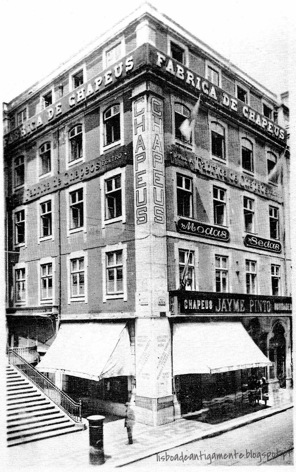 Fábrica de chapéus Jayme Pinto  c. 1920  Rua Áurea f22a7788d90