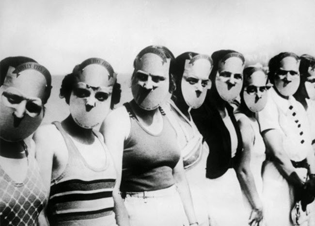 24 Rare Historical Photos That Will Leave You Speechless - The participants of the Miss Lovely Eyes competition in Florida held in 1930.