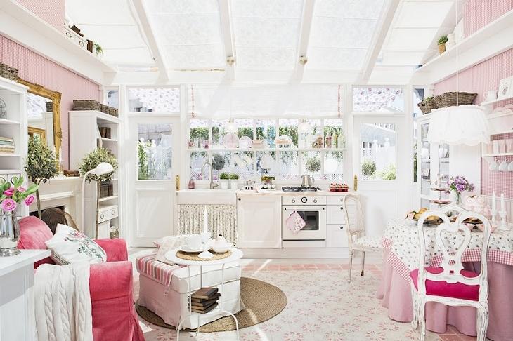 Boiserie c arredamento ikea inguaribile romanticismo - Arredare casa con ikea ...