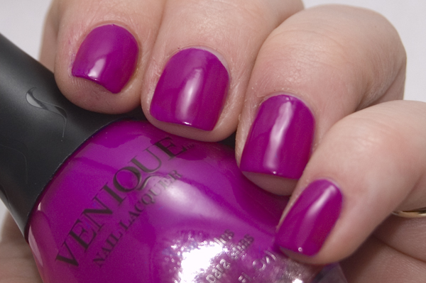 da4e611528668 Just Add Polish: Venique Sweet Little Addictions Swatches and Reviews