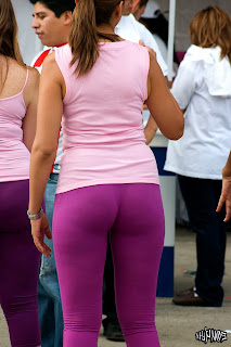 mature-woman-nice-body-yoga-pants