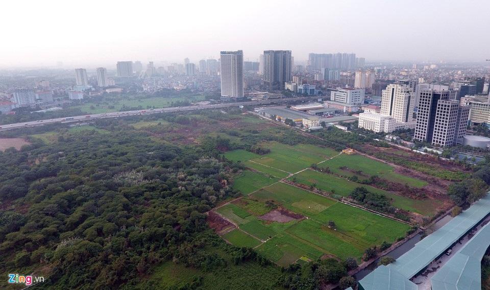 Công viên hồ điều hòa Yên Hòa.