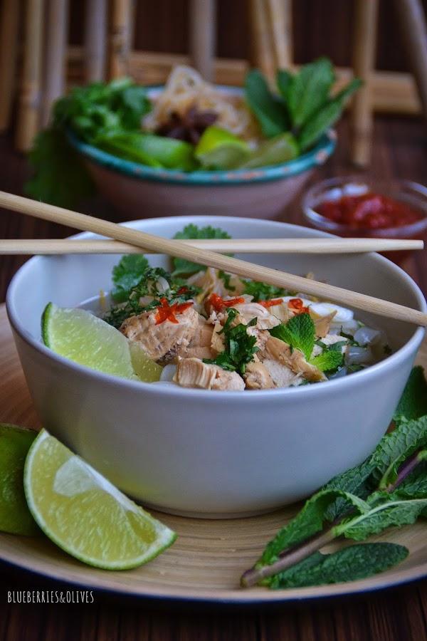 PHỞ GÀ , Sopa Vietnamita de pollo y noodles