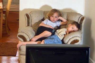 O que deixar seu filho assistir na televisão