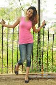 Aarthi glamorous photo gallery-thumbnail-12