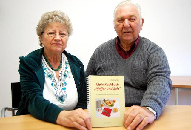 Erika Stephan verbindet Hunsrücker Platt mit Hunsrücker Gerichten - immer unterstützt von Ehemann Freimut. Kochbuch Hunsrück #Klees Heimatküche