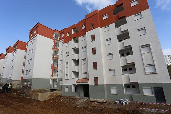 توزيع 700 وحدة سكنية من صيغة عدل بالشلف